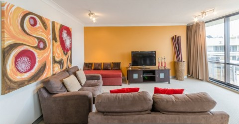 Central Hillcrest Apartment Hotel - South Brisbane, Brisbane